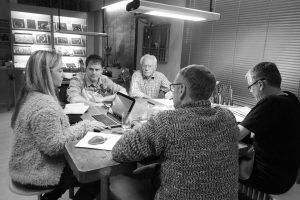 Foto einer Marketingberatung vor Ort in der Werkstatt von Lechlers Goldschmiede